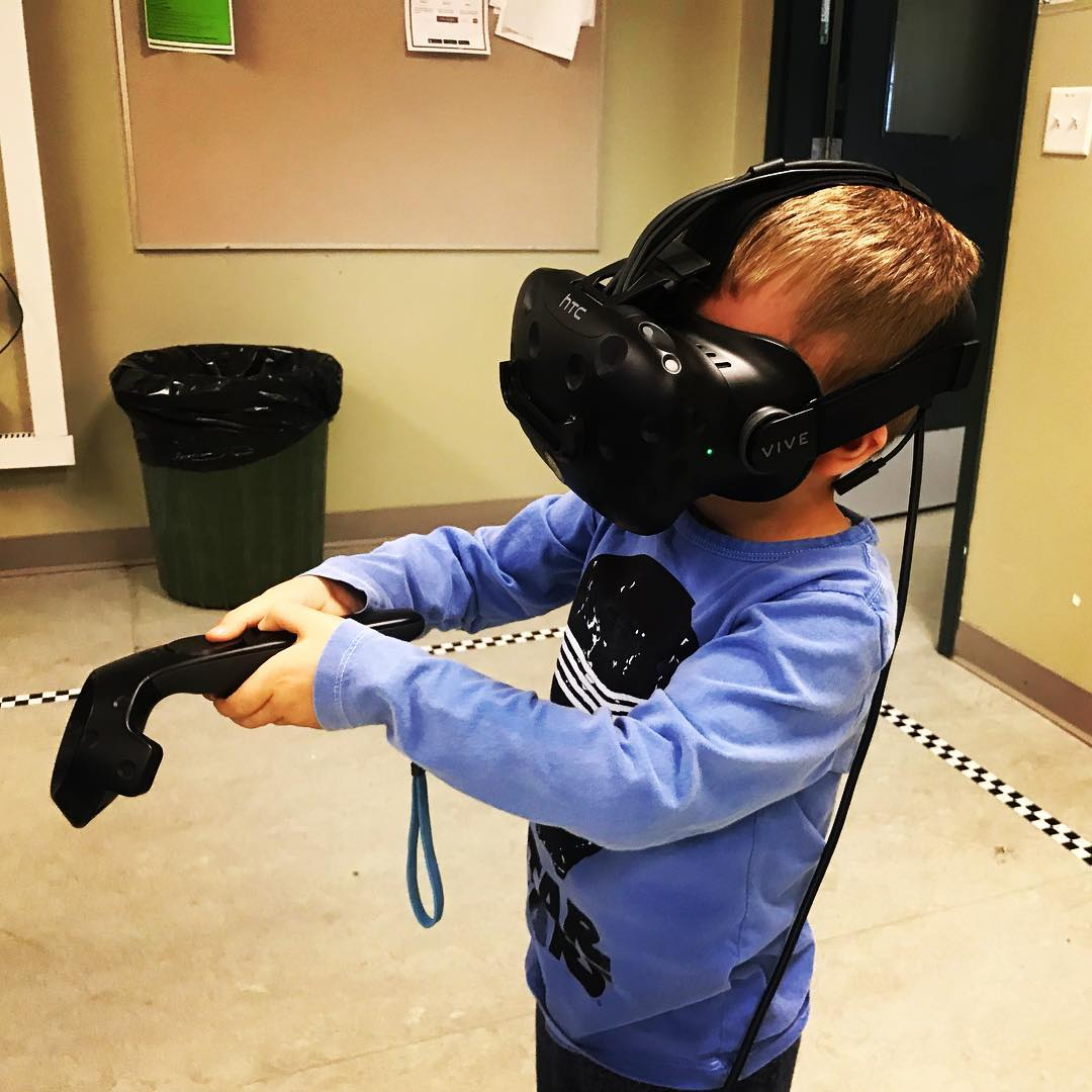 Maxi in VR. Can we get one of these at home, Dad?