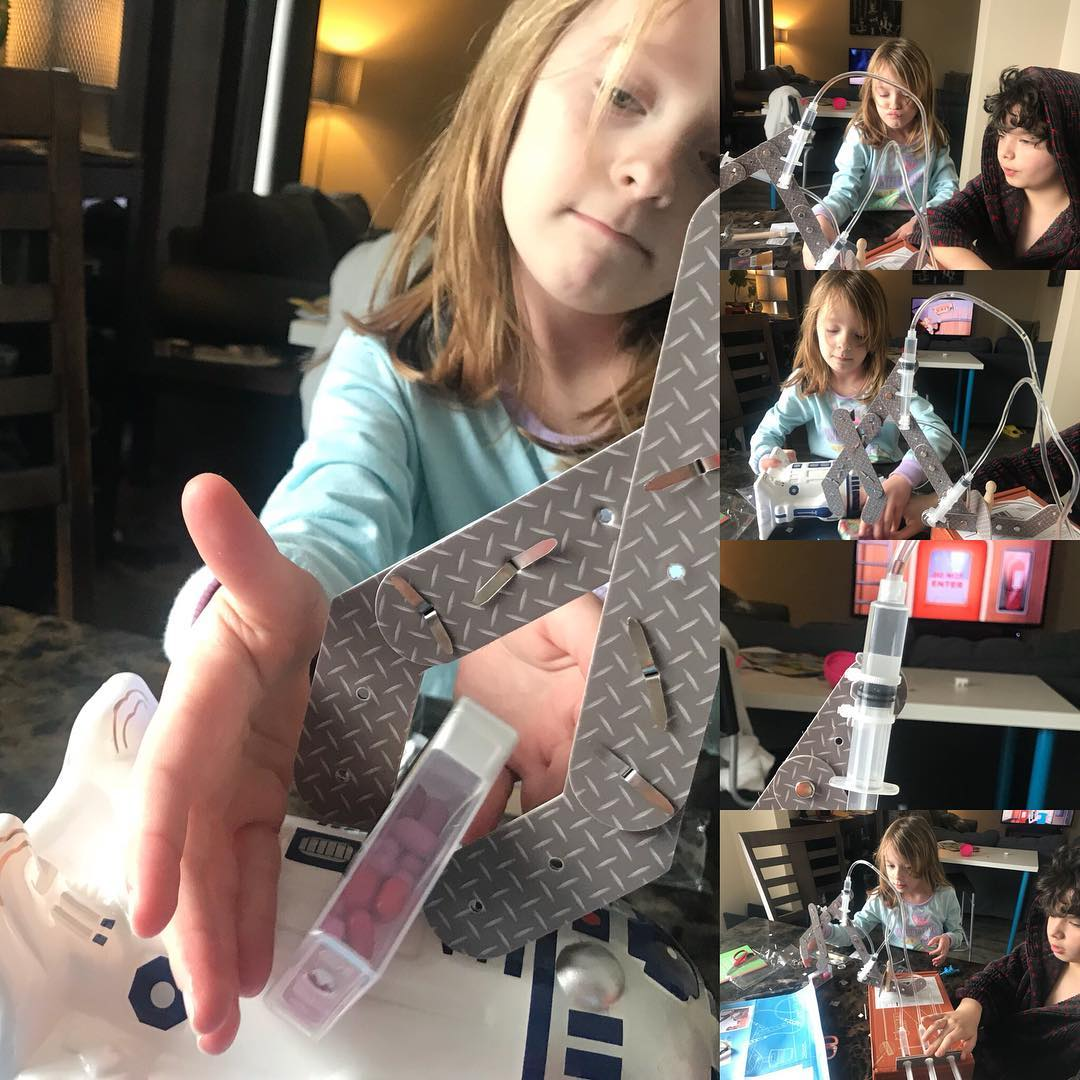 Carmen made a hydraulic claw with water, tubes, and syringes. Thanks to tinkercrate.  Of course she had to customize it.