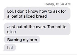 Pam's Portugal 🇵🇹 vacation summed up in 4 texts.