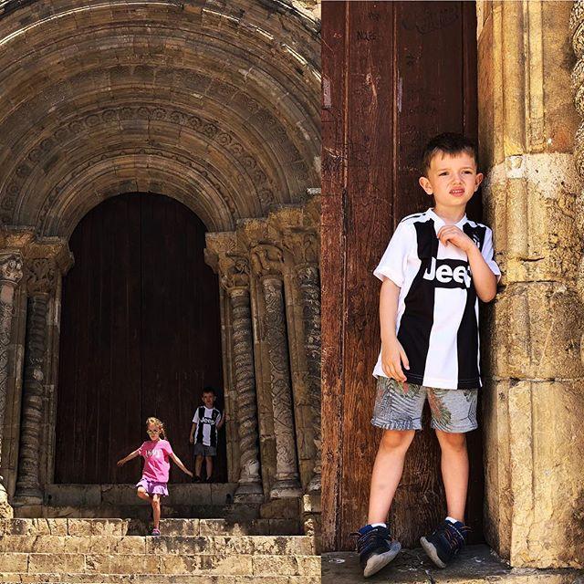 Maxi convinced Pam to buy him a Juventus Ronaldo shirt.
