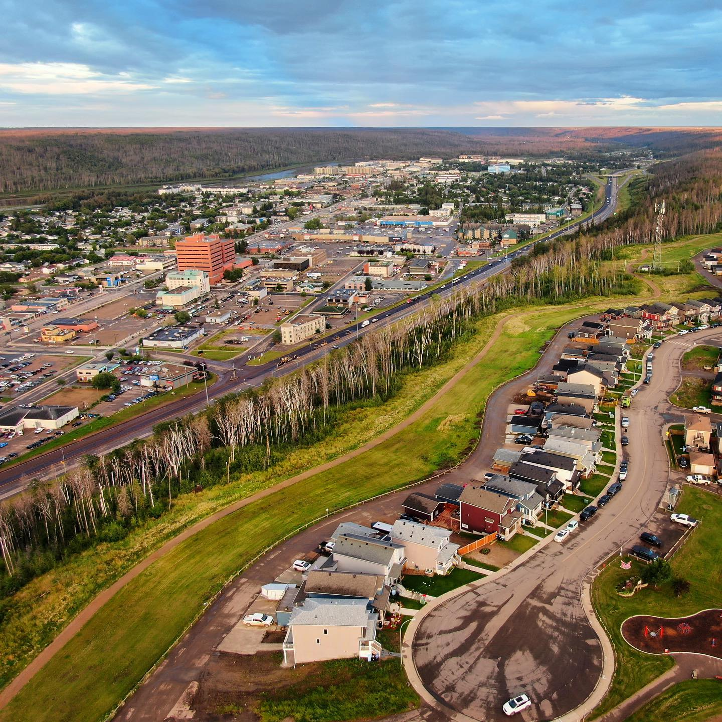 This is the reverse view of the previous shot.  Looking at Downtown Fort McMurray as seen from above Abasand.