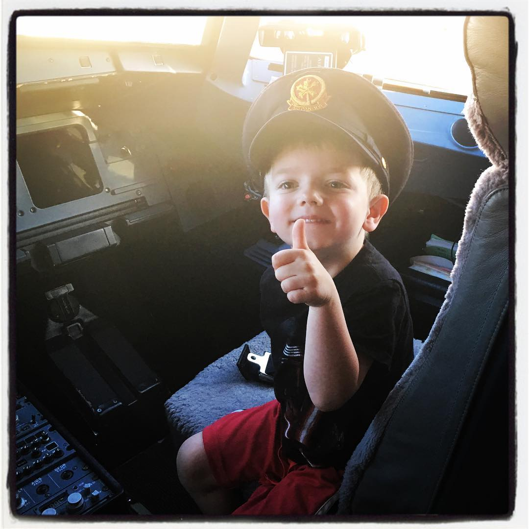 Thanks @aircanada — your pilots made Maxi's trip awesome!